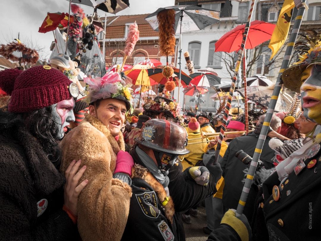 Un chahut de carnavaleux à Malo les Bains.