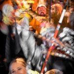 Un couple déconnecté du rigodon se déporte de la bande et vit son carnaval.