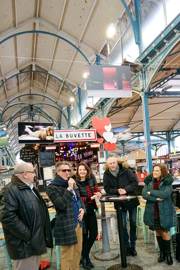 """Vernissage de l'exposition Guimaraes, """"Aqui Nasceu Portugal"""" Exposition à Dijon sous la halle du marché.Vincent Aglietti, Vincenzo Cirillo, La Maire Adjointe de Dijon et de Guimaraes."""