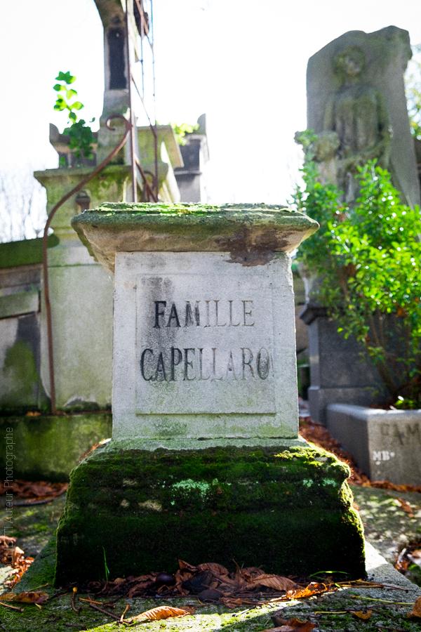 Tombe de Charles Capellaro, sculpteur italien enterré au Père Lachaise.