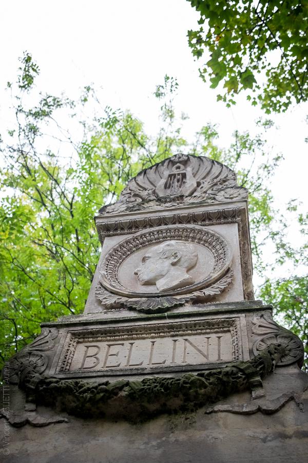 Médaillon représentant le compositeur Vincenzo Bellini. Cimetière du Père Lachaise.