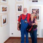 Portrait galerie ConstantinCarnaval de Dunkerque de Vincent Aglietti exposees dans la galerie de Constantin à Arles pendant les rencontres des voies off les voiesoff 2017