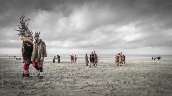 Malo Beach.Un air de peinture flamande. Carnavaleux sur la plage de Malo les Bains sous un ciel orageux.