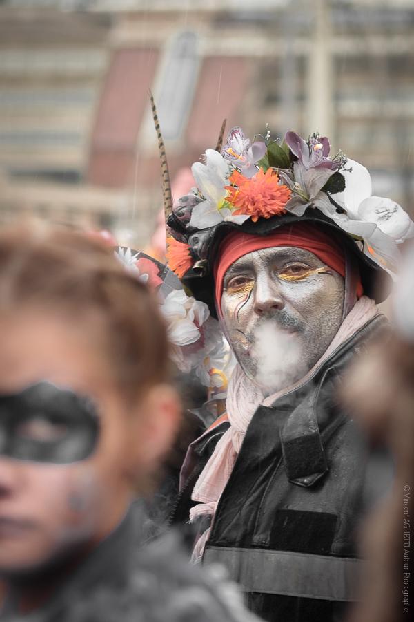The Grey Man. Des maquillages très au point. Un théâtre de rue très surprenant.