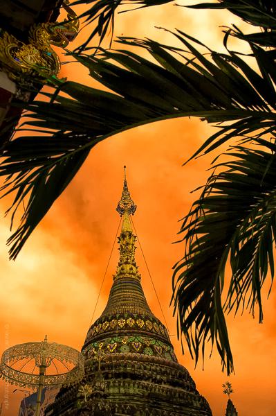 Dôme. Le Dôme d'un temple bouddhiste à Chiang Mai en Thaïlande.