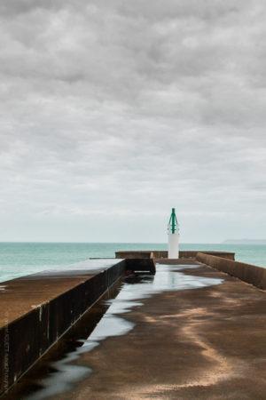 Après l'Orage. La jetée de Dielette dans le Cotentin.