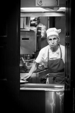 Mickey. Cuisinier dans le quartier du Chiado à Lisbonne.